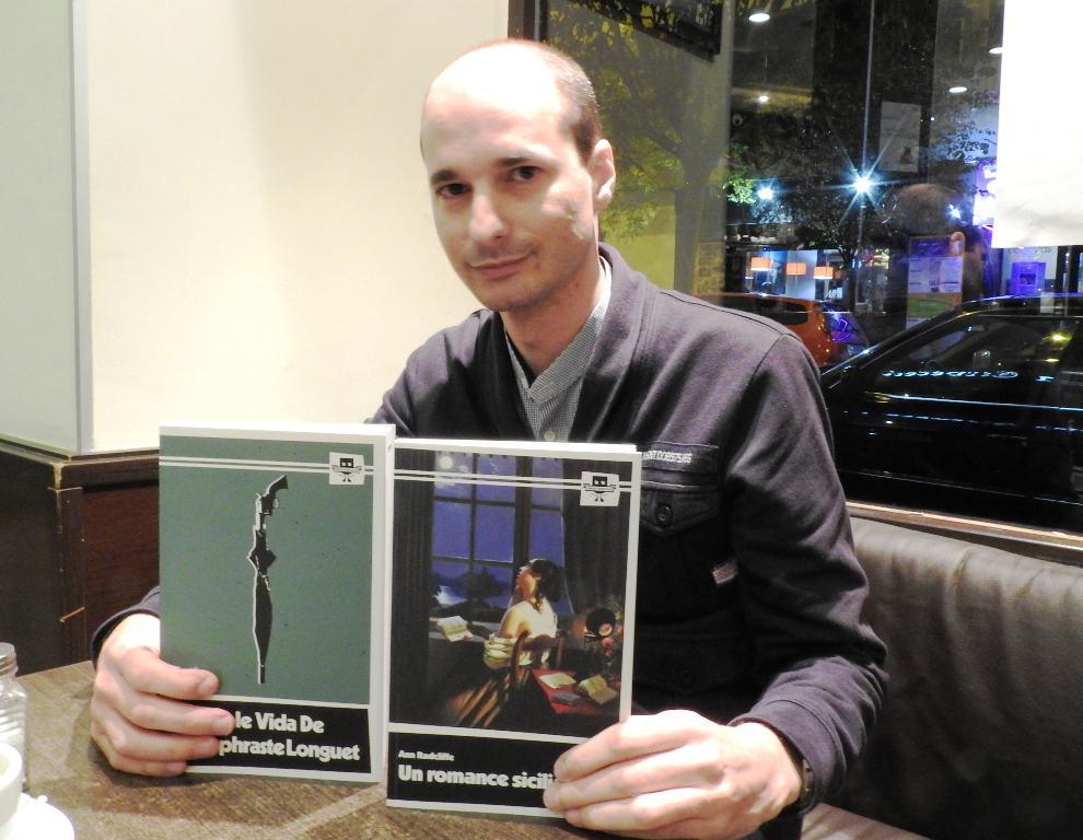 """Entrevista a Juan Manuel Corral, editor de Líneas Paralelas, a raíz de la publicación de """"La doble vida de Théophraste Longuet"""" y """"Un romance siciliano"""""""