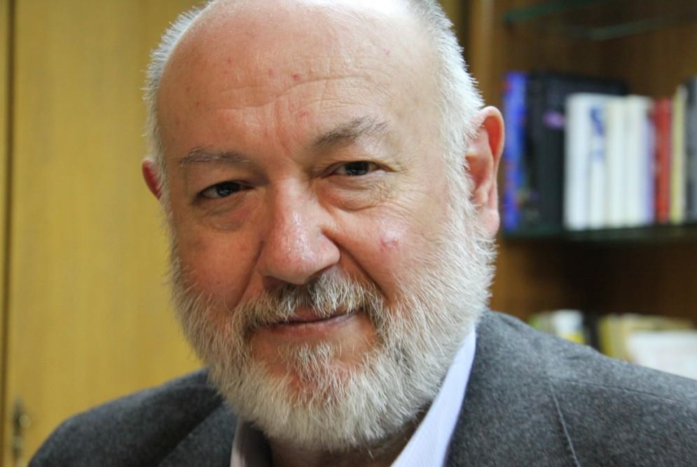 Juan Eslava Galán repasa los episodios históricos de codicia en nuestro país con