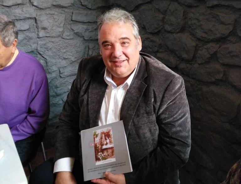 El escritor Miguel Antonio Maldonado asistió al Club de Lectura del Fórum Alonso Quijano para presentar su último libro