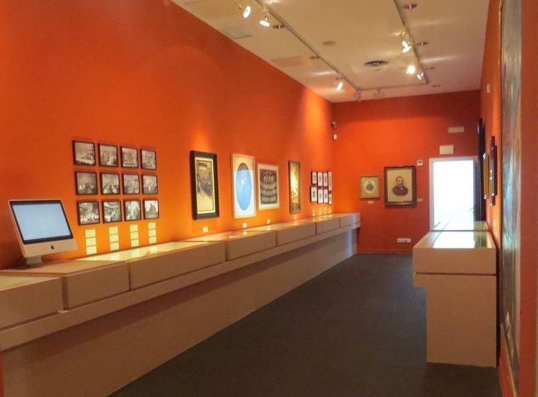 Vista de la exposición 'Mujeres en vanguardia'