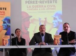 Pilar Reyes, Arturo P�rez-Reverte y Fernando Vicente