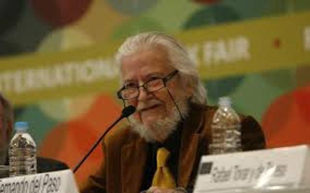 Conceden al escritor mexicano Fernando del Paso el Premio Cervantes 2015