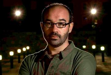El escritor Alberto Olmos será el editor invitado de Caballo de Troya en 2016