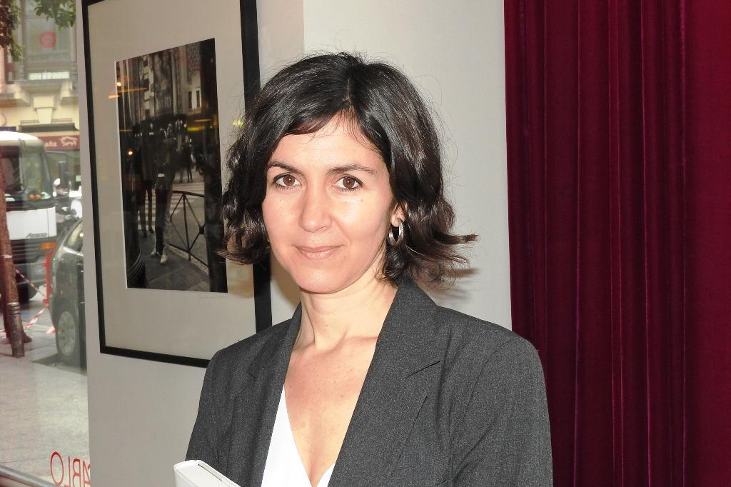 """Entrevista a Cristina Campos, autora de """"Pan de limón con semillas de amapola"""""""