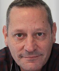 "Entrevista a Javier Pastor, autor de ""Fosa común"""