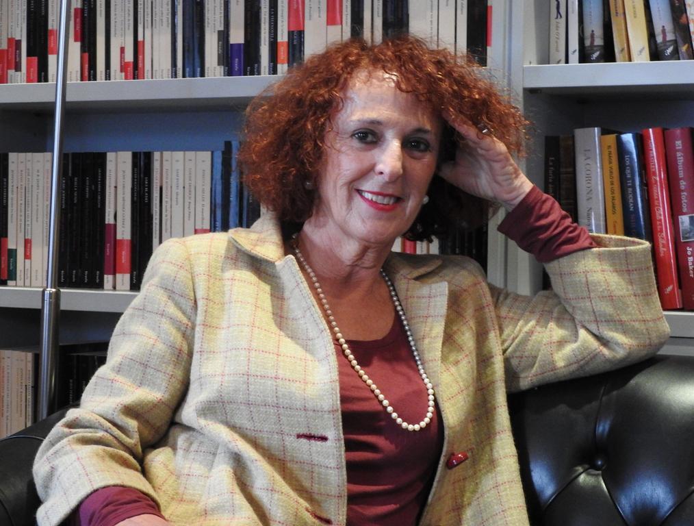 "Entrevista a Lola López Mondéjar, autora de ""Cada noche, cada noche"""