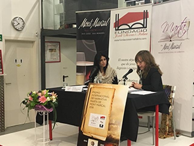 Blanca Bravo recibe el Tercer Premio Internacional de Narrativa Marta de Mont Marçal por La otra vida en la Fundació Jordi Sierra i Fabra