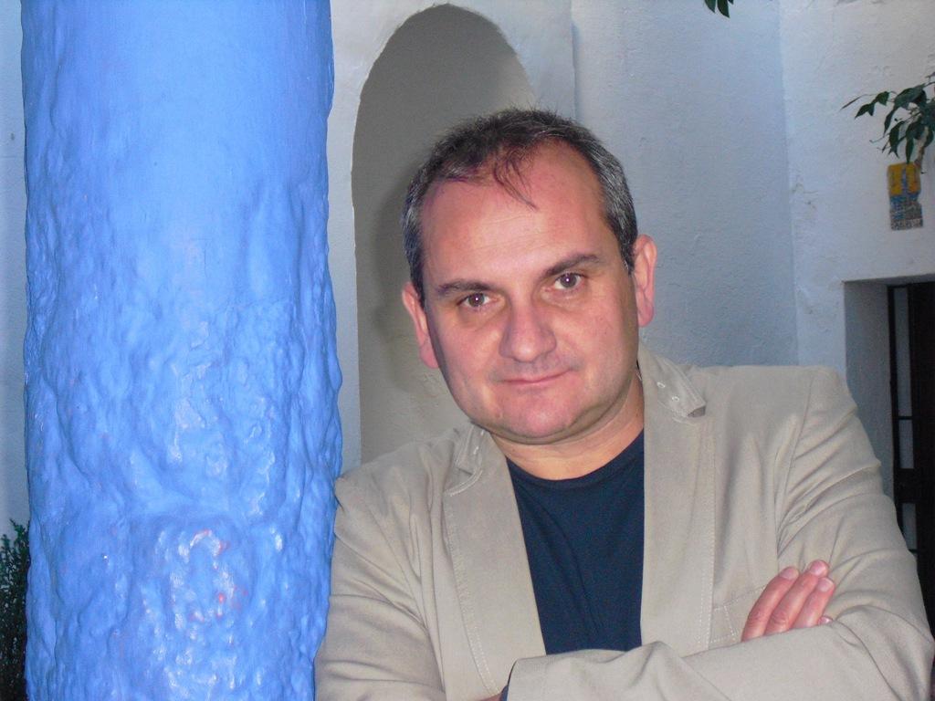 "Entrevista a Mario Escobar, autor de ""Bienvenidos a Clayton Lake"""