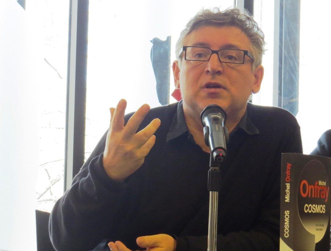 El filósofo Michel Onfray presenta su nuevo libro, Cosmos