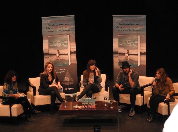 Inma Cuesta, Silvia Abascal, Vanesa Martín, Álex García y Raquel