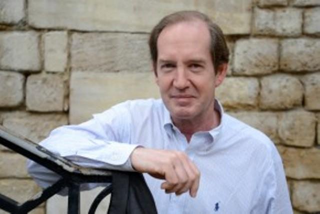 El profesor estadounidense Paul Jankowski publica