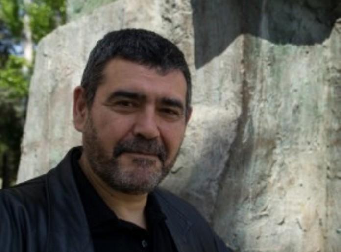 León Arsenal publica su nueva novela histórica