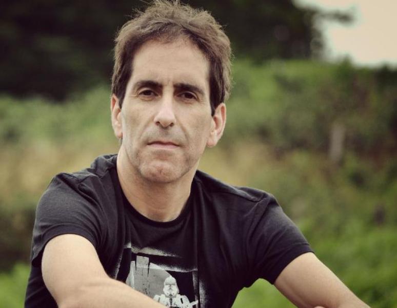 Entrevista a Álber Vázquez, autor de