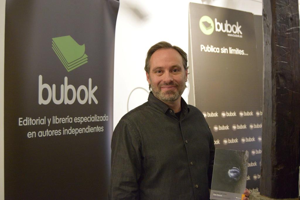 Félix Chacón gana el VIII Premio de Creación Literaria Bubok con su libro de relatos