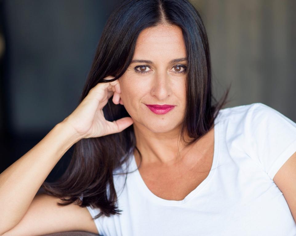 """Entrevista a Dulce Xerach, autora de """"Asesinato en una playa de Londres"""""""