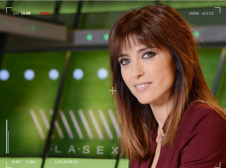 La presentadora televisiva Helena Resano publica 'La trastienda de un informativo'