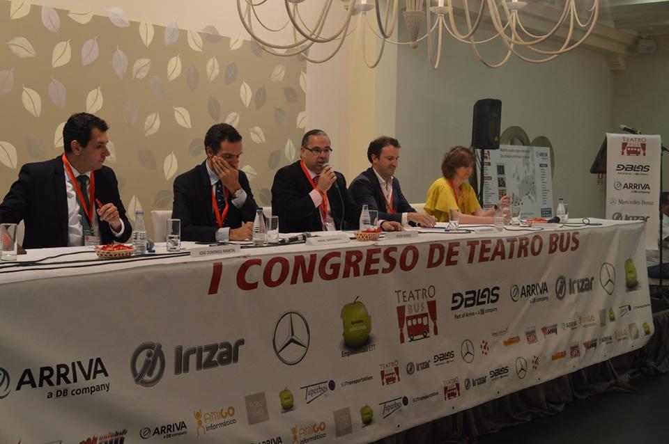 La Escuela de Escritores Alonso Quijano participó en el I Congreso Internacional de Teatro Bus