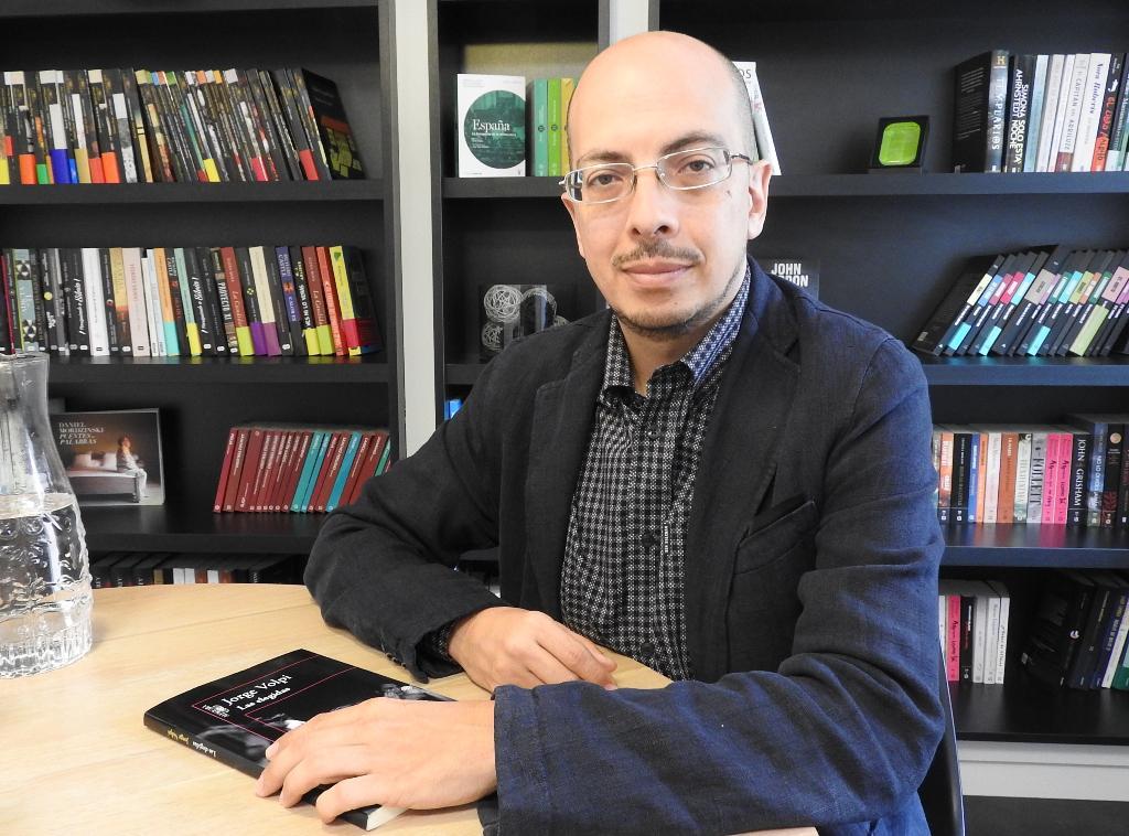 """Entrevista a Jorge Volpi, autor de """"Las elegidas"""""""