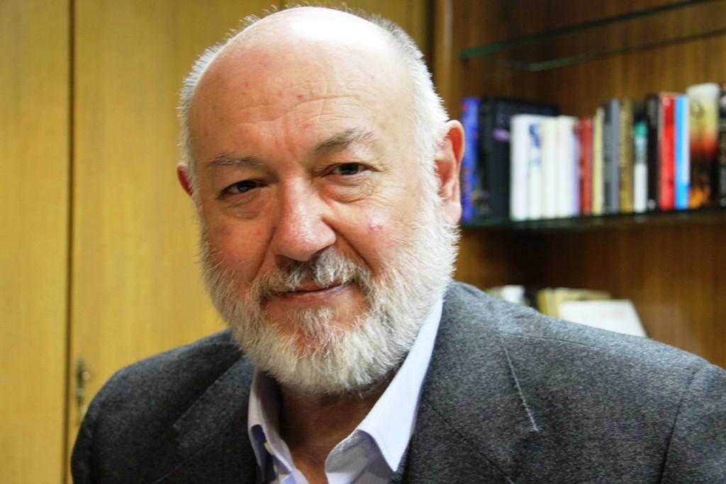 Juan Eslava Galán publica en la Esfera su