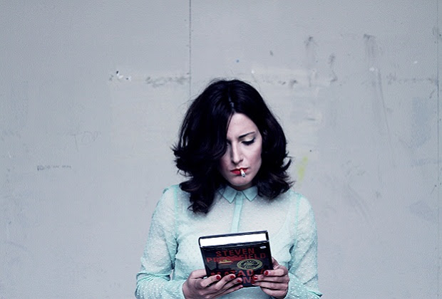 Lucía Baskaran publica su primera novela,