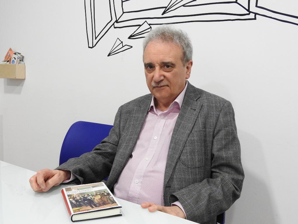 """Entrevista a Manuel Longares, autor de """"El oído absoluto"""""""