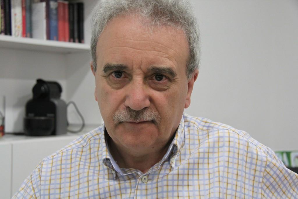 Manuel Longares publica su octava novela,