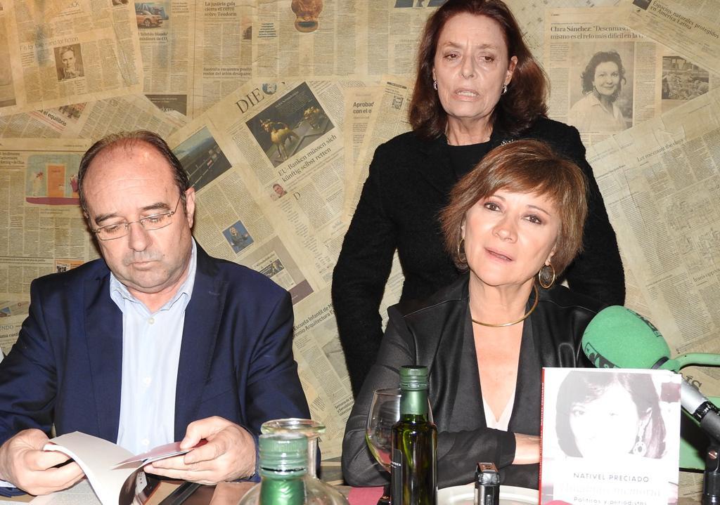 """La periodista Nativel Preciado presenta """"Hagamos memoria"""", sus reflexiones sobre políticos y periodistas"""