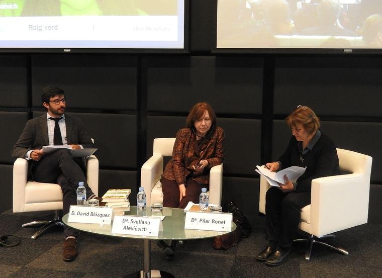 David Blázquez, Svetlana Alexiévich y Pilar Bonet