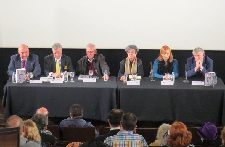 De izquierda a derecha, Basilio Rodríguez Cañada, Porfirio Enríquez, Jaime Chávarri, Sol Carnicero, Andrea Bronston y Miguel Losada