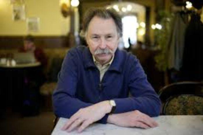 Entrevista con Adan Kovacsics, autor de la novela