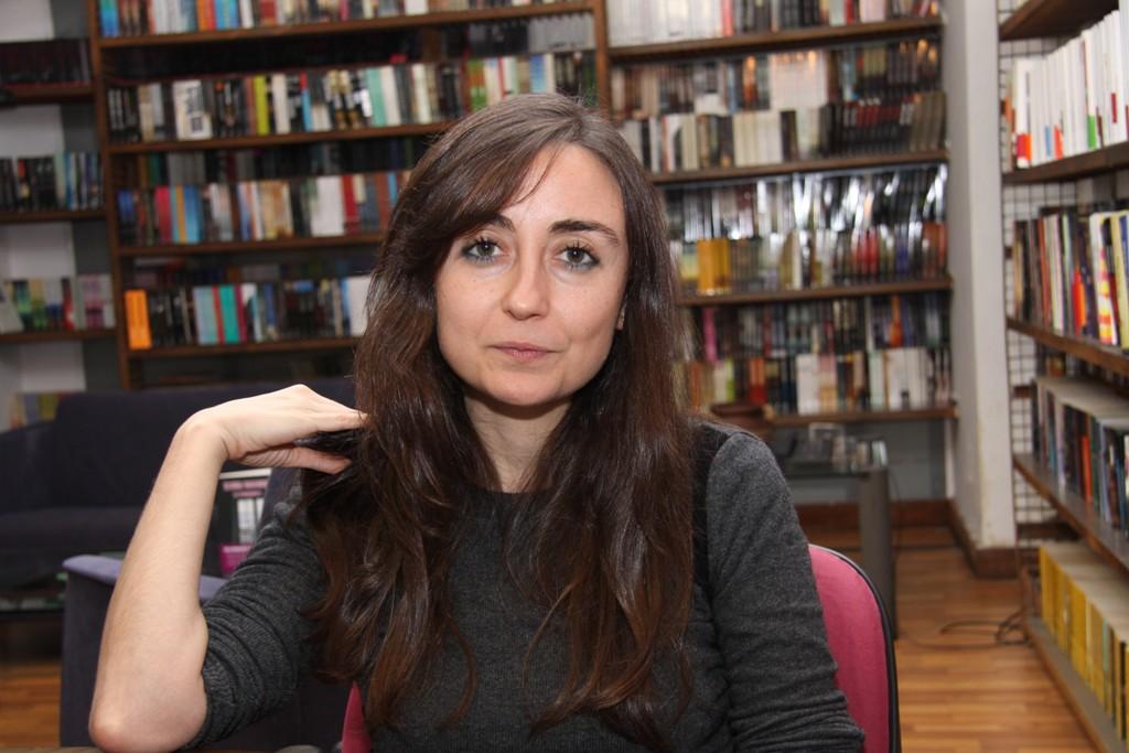 En su última novela, Elvira Navarro relata los últimos días de la escritora maldita Adelaida García Morales