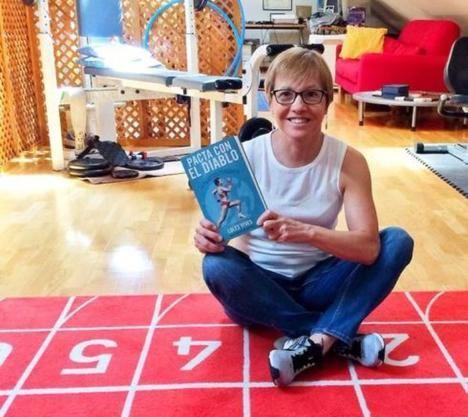 La atleta Loles Vives presenta su primer libro,