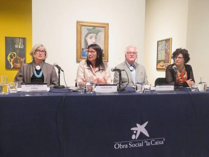 De izquierda a derecha, la doctora Susan Behrends Frank, conservadora de la Phillips Collection y comisaria de la exposici�n; Elisa Dur�n, directora general adjunta de la Fundaci�n Bancaria �la Caixa�; el director de Iniciativas Especiales de la Phillips Collection, Joseph Holbach e Isabel Fuentes, directora de CaixaForum de Madrid