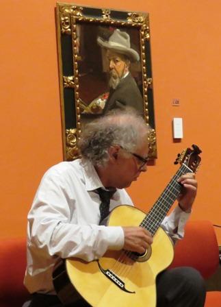 Carlo Pezzimenti, creador del grupo Jacaranda Guitar Ensemble