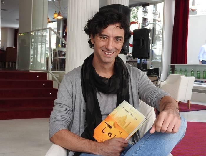 """Entrevista a Andrés Pascual, autor de """"Taj"""