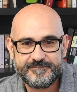 """Entrevista a Francisco Castro, autor de """"Tienes hasta las 10"""""""