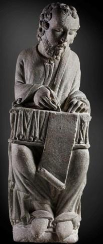 San Mateo. Granito. h. 1200. Santiago de Compostela, Museo Catedral