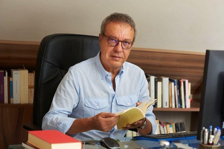 Manuel Juliá