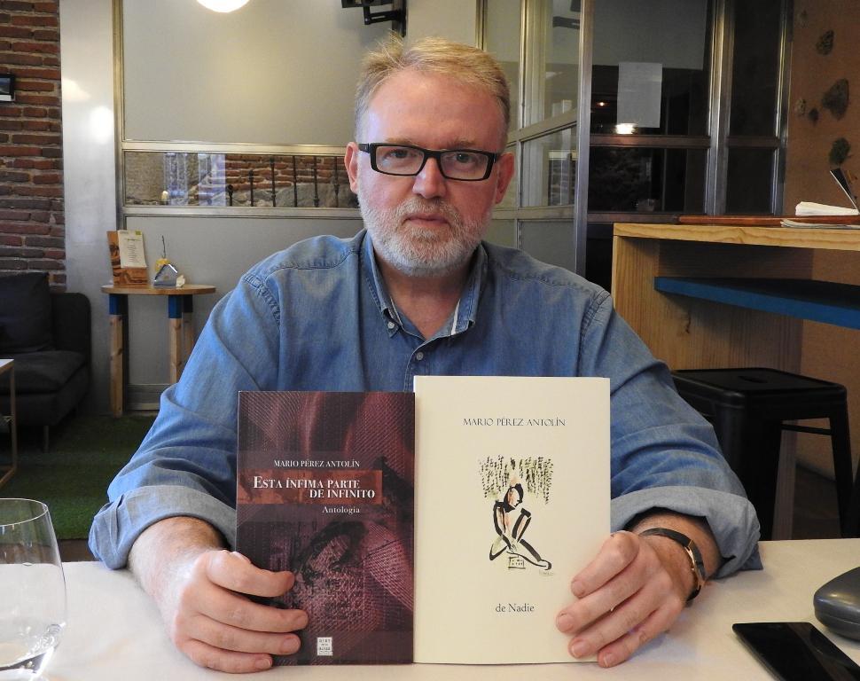 """Entrevista a Mario Pérez Antolín, autor de los poemarios """"de Nadie"""" y """"Esta ínfima parte del infinito"""""""