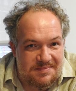 "Entrevista a Mathias Enard, autor de ""Brújula"""