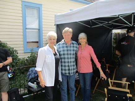 Cathy Haruf, Robert Redford y Jane Fonda en el rodaje de Nosotros en la noche