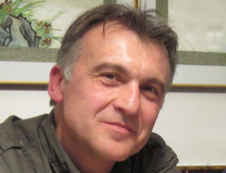 """Entrevista a Pepe Cervera, autor de """"Alguien debería escribir un libro sobre Alejandro Sawa"""""""