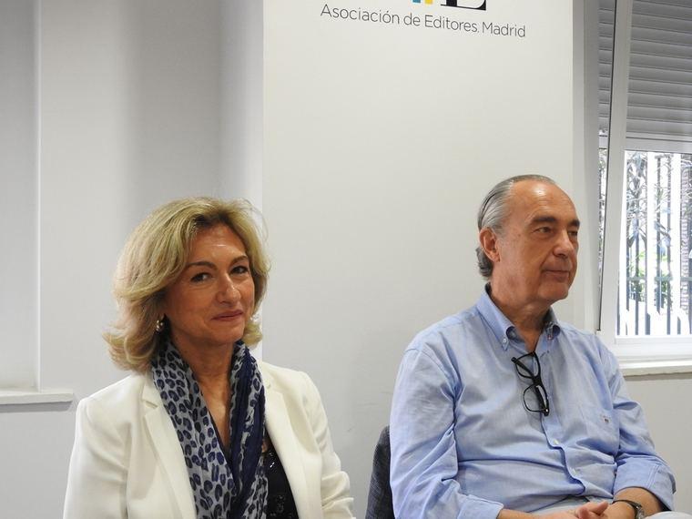 Rosalina Díaz Valcárcel y Luis Alberto de Cuenca