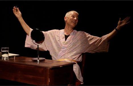 José Ovejero adapta tres relatos suyos y los interpreta en