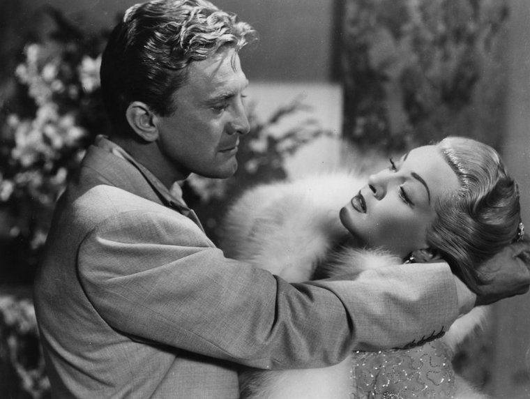 Kirk Douglas y Lana Turner