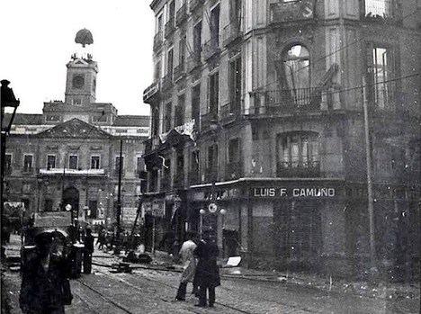 El reloj de la Puerta del Sol fue herido de guerra