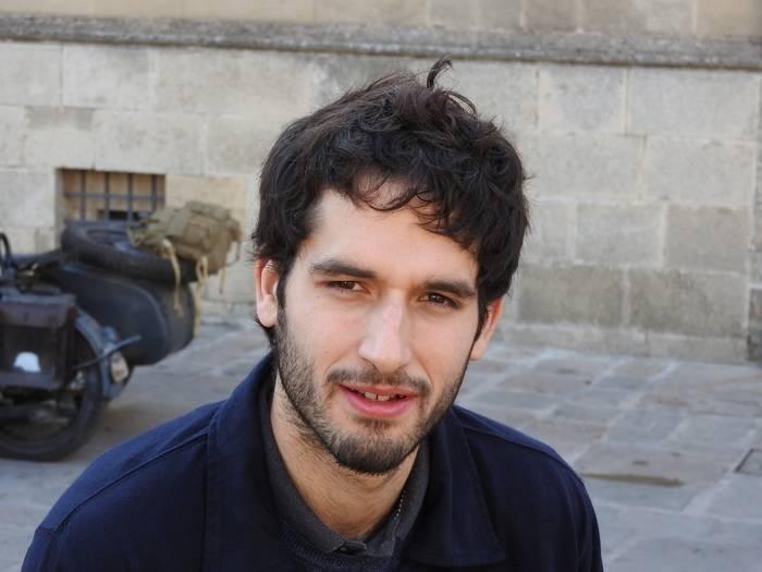 """Entrevista a Álvaro Arbina, autor de """"La mujer del reloj"""""""