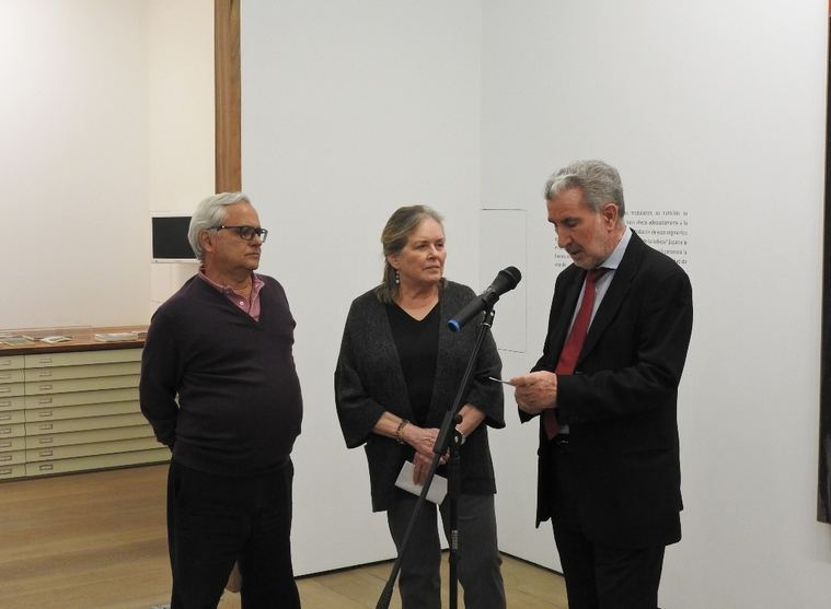 Juan Cruz, Carolyn Richmond y Miguel Fernández-Braso