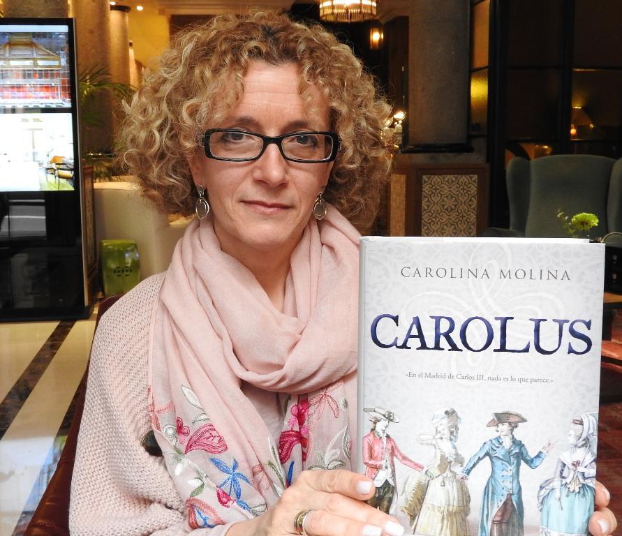 """Entrevista a Carolina Molina, autora de """"Carolus"""""""