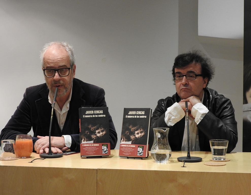 """Javier Cercas presenta su nueva novela """"El monarca de las sombras"""""""